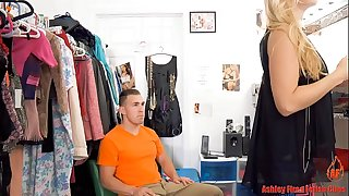 Mommy works at a undress club (modern taboo family)